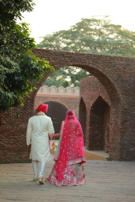 sikh wedding   wedding photo shoot   Pink Anita Dongre Lehenga