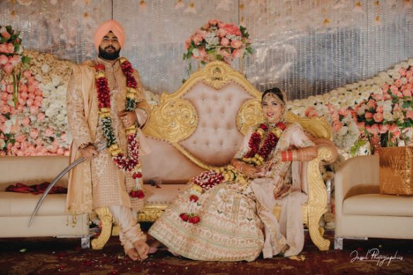 poses for  couples | indian wedding diaries |