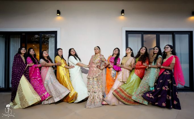 wedding photography with indian bridesmaids | photo with frien ideas | Beach Wedding in Alibaugh