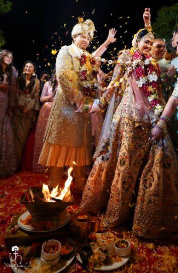 mandap photography idea | indian wedding rituals | wedding ceremonies | Beach Wedding in Alibaugh