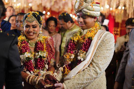 happy couple | indian wedding diaries | wedding photography | Beach Wedding in Alibaugh