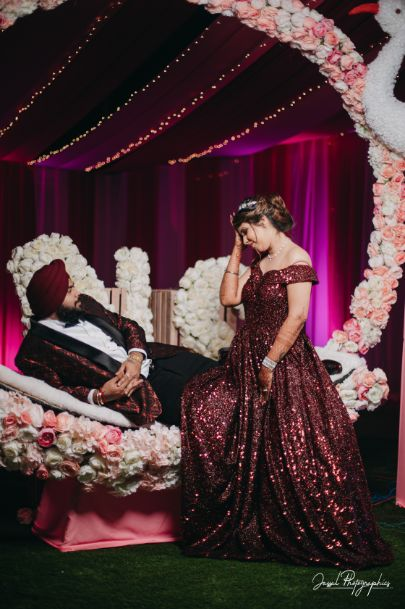 couple photography ideas | Sparkling Red Gown for the Cocktail