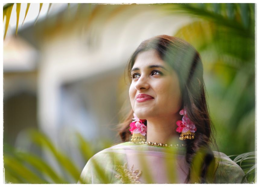bridal portrait ideas that are must have | Wedding in  Orchha with a Reception Lehenga to Drool Over