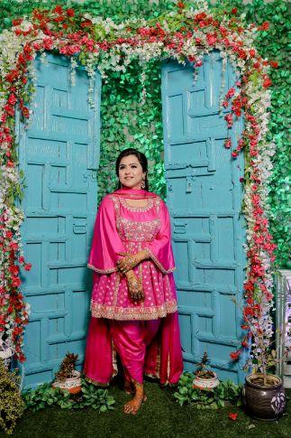 peplum top | peach lehenga | Punjabi wedding