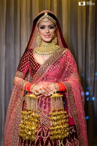 indian bridal photography | bridal blouse ideas | bridal kaleeras | Sabyasachi Lehenga in Maroon