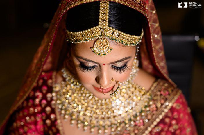 briadl jewellery ideas | trending jewellery designs ideas | Sabyasachi Lehenga in Maroon