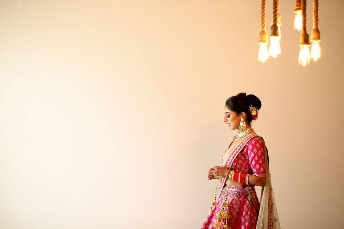 bridal photography ideas   Pink Anita Dongre Lehenga