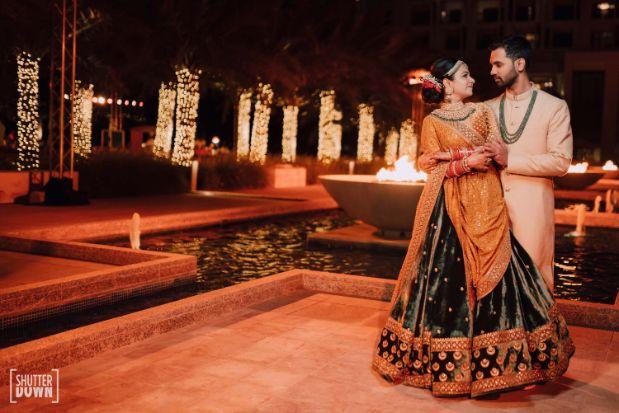 couple photo shoot poses   Destination wedding in Fujairah