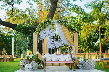 Intimate home wedding décor | Indian wedding