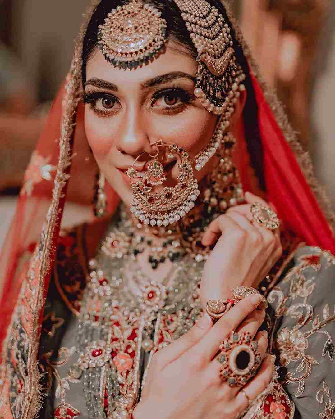 Bridal Portrait | bridal makeover | bridal nath | bridal naath | bridal jewelry | bridal makeup | bridal outfit