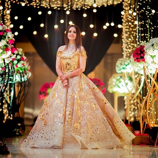 Golden Wedding Outfit | Golden gown | Indian wedding outfits