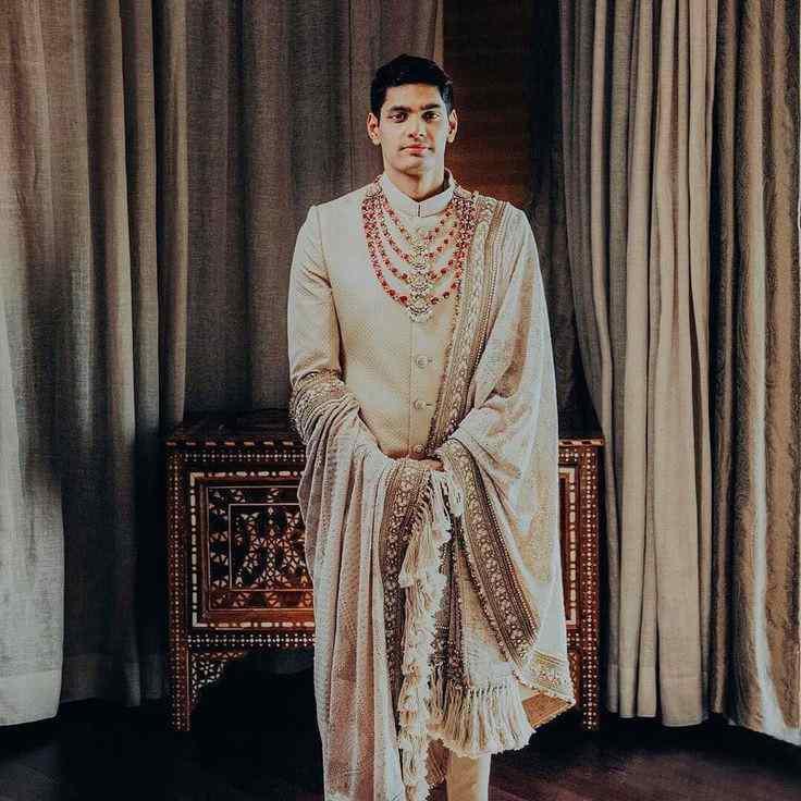 indian groom fashion | grooms of sabyaschi