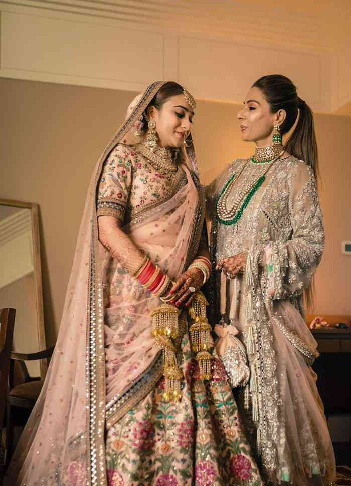 indian wedding fashion | mother of the bride outfits