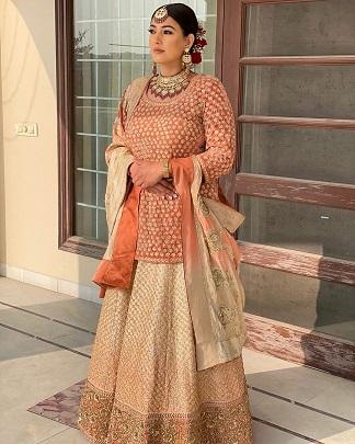 Orange suit | Golden suit | Lohri function | newlywed |