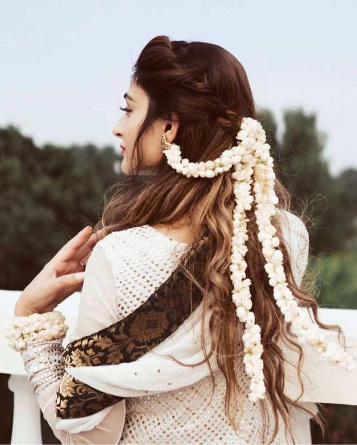 bridal hairstyle | gajra