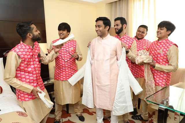 groom | groomsmen