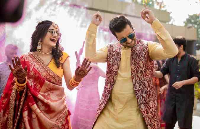 wedding dance | colourful mehendi decor ideas