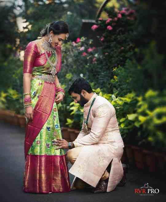 candid couple photography |wedding saree | kanjivaram sarees