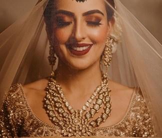 sheer veil for gorgeous photos