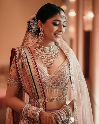 A belt with embellishments for your designer bridal lehenga
