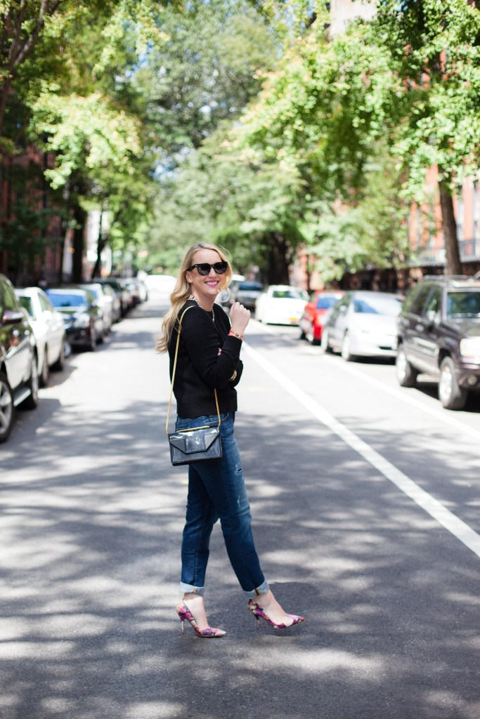 wit & whimsy I boyfriend jeans and floral pumps