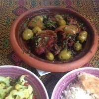 Hähnchentajine mit Oliven und Salzzitrone
