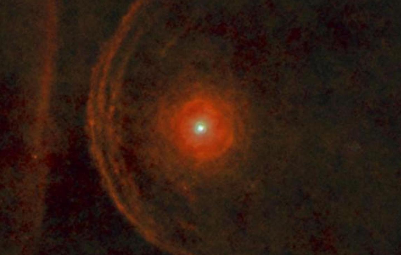 Estrela vermelha gigante pode explodir em breve