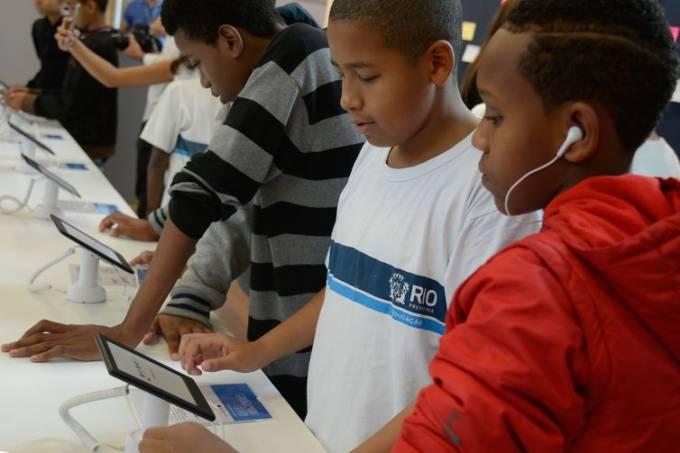 Com coronavírus, redes de ensino enfrentam paralisação e aulas remotas