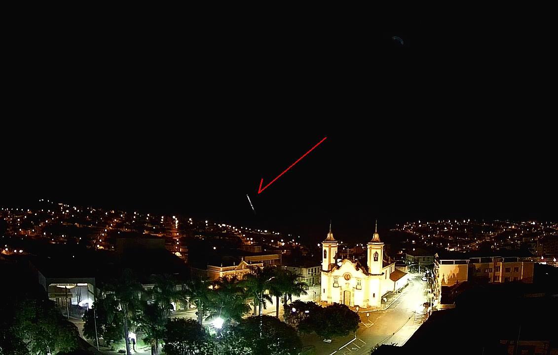 Meteoro mais brilhante que o planeta Vênus explode sobre SP e MG