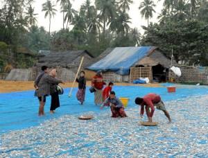 wioska rybacka - Birma (13)