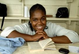 Uśmiech czytelniczki (JAMAJKA)