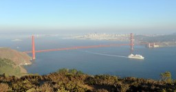 Panorama - wejście do Zatoki, most Golden Gate i San Francisco na horyzoncie