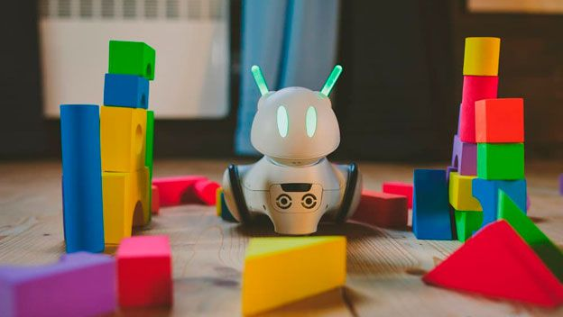 Photon Robot- A Robot that grows with your child