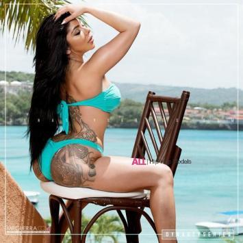 Adrianne Nicole 019