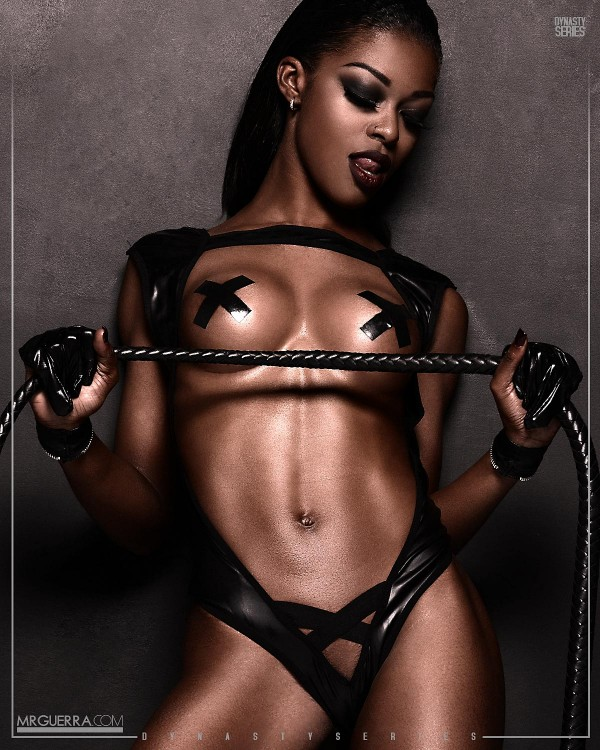 minnie-bad-roleplay-dynastyseries-DS-600x750