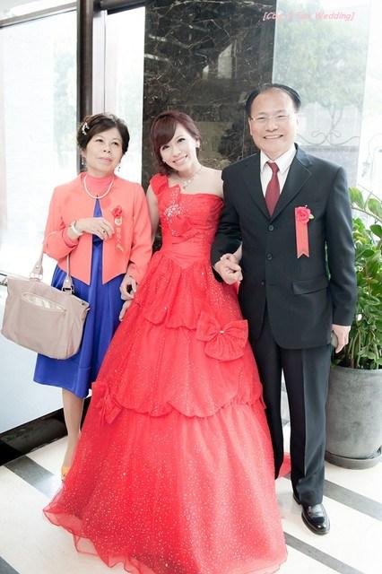 [♥囍~文定♥]端莊好媳婦新娘嫁衣。文定禮服 @小環妞 幸福足跡