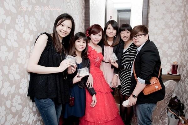 [♥囍~文定♥]我的電影風婚禮~[小手拉大手]電影首映會 @小環妞 幸福足跡