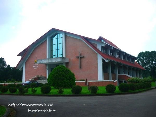 [南投景點] 三育基督學院。歐風鄉野渡假村?全台灣最美的大學啦! @小環妞 幸福足跡