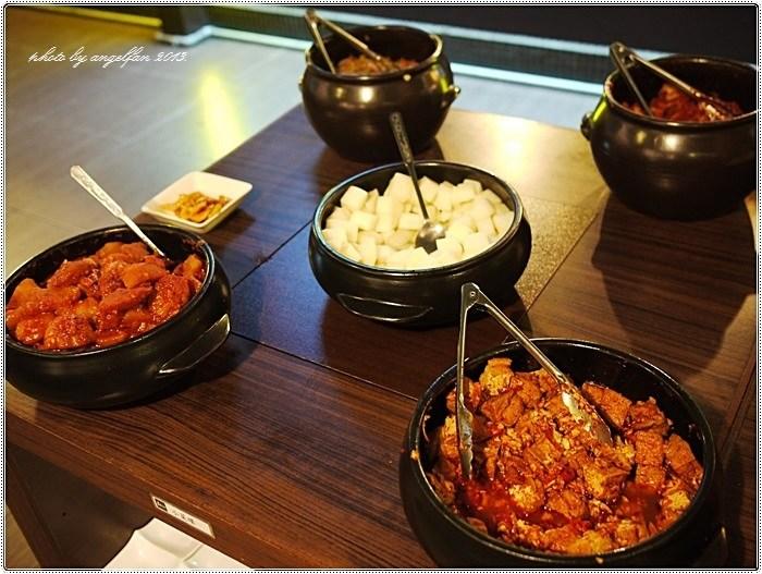 [台北美食]˙紅通通 ♥ 國父紀念館站~韓式料理一隻雞鍋 @小環妞 幸福足跡