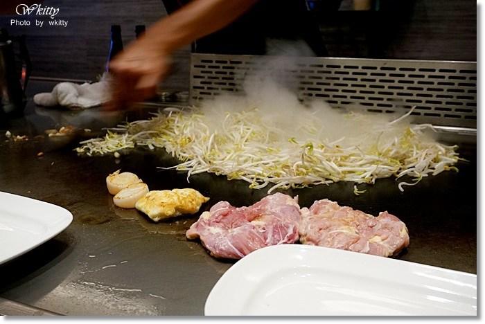 [宜蘭美食] 當代鐵板燒 ♥ 平價的親民價位,吃的到高檔的櫻桃鴨胸阿!當地人排隊店~ @小環妞 幸福足跡
