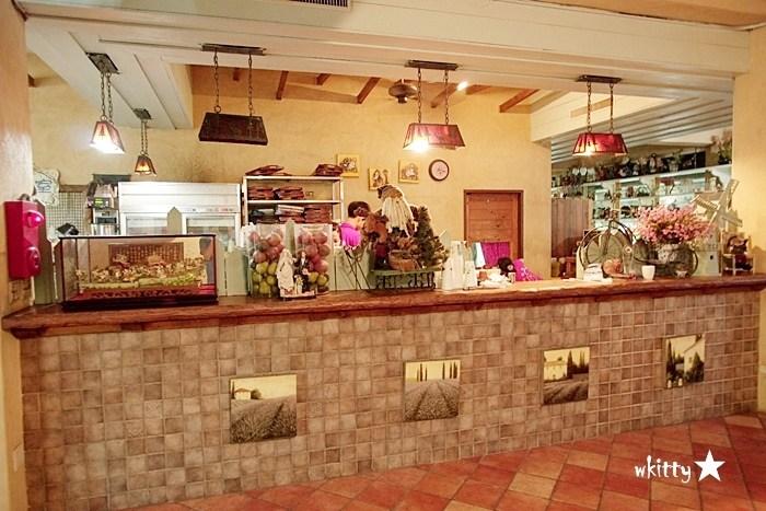 【桃園大溪景觀餐廳】河岸童話森林,夢幻的童話故事場景,遛毛小孩的好地方! @小環妞 幸福足跡