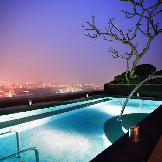 【台中住宿推薦】裕元花園酒店Windsor Hotel,五星級飯店高質感的享受!百萬美景的景觀水療池 @小環妞 幸福足跡