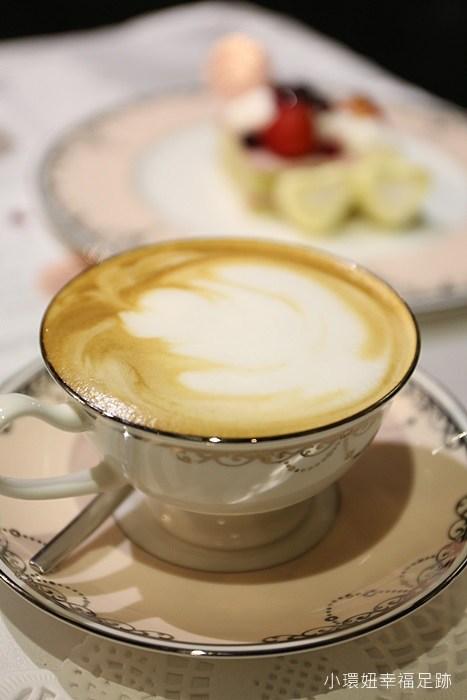 【JILL STUART x 菠啾花園】聯名海外快閃咖啡廳甜蜜午茶系列,僅1個月當夢幻公主的機會,多重好禮送~ATT 4 FUN @小環妞 幸福足跡