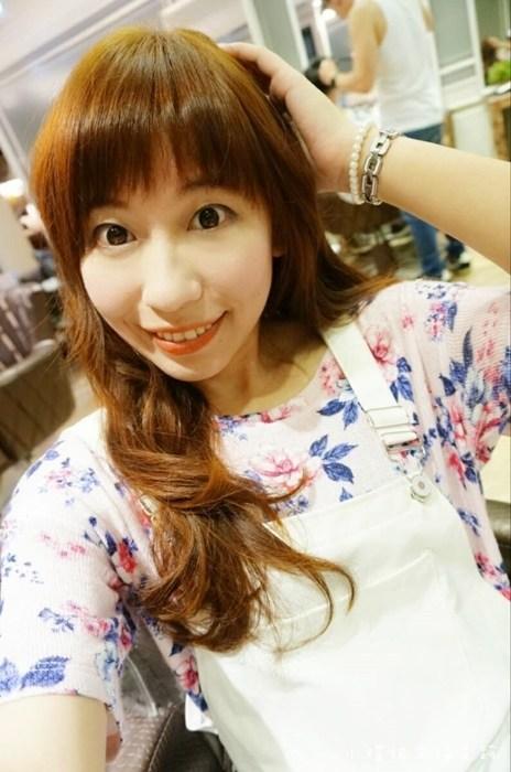 【台北染髮推薦】Bonbon Hair,捷運中山站附近,夏天必備的亮棕色x亞麻色,好喜歡的髮色! @小環妞 幸福足跡