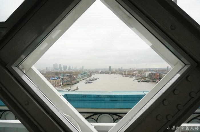 【英國倫敦必去景點】倫敦塔橋,玻璃空橋往下看會腿軟! @小環妞 幸福足跡
