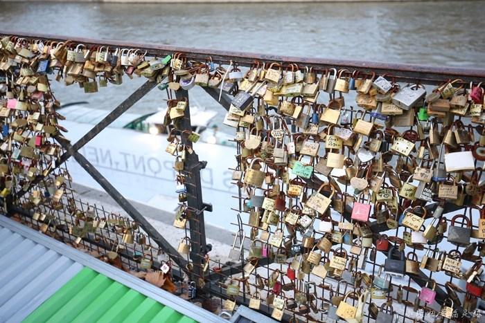 【法國巴黎必去景點】塞納河遊船,超美!艾菲爾鐵塔就在眼前! @小環妞 幸福足跡