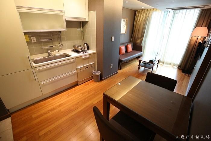 【明洞住宿推薦】Oriens飯店公寓,看的到首爾塔,代訂宵夜炸雞 @小環妞 幸福足跡