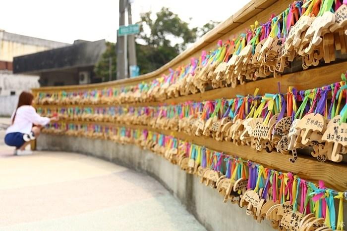 【彰化和美】卡里善之樹Rainbow House,彩繪雨傘巷,拍IG照必來 @小環妞 幸福足跡