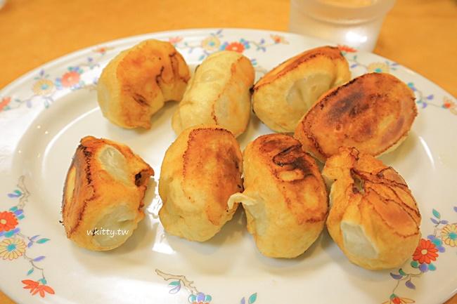 【武雄溫泉美食】餃子會館,菜單是日文,就點餃子跟拉麵吧,非常平價 @小環妞 幸福足跡