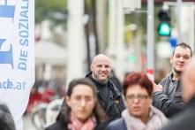 """""""Scorpio Security"""" für FPÖ auf der Mariahilfer Straße. Der Kamerad links war auch am Stephansplatz im Einsatz."""